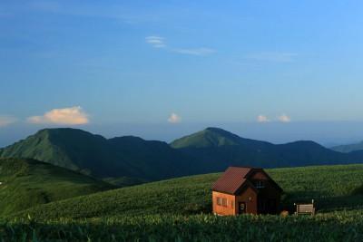 丹後山避難小屋